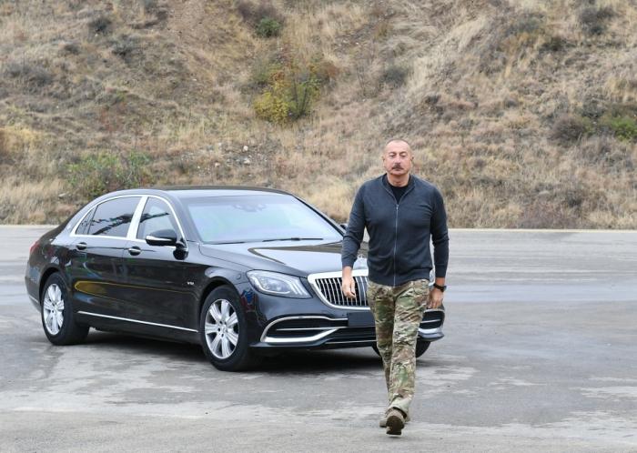 Déplacement du président Ilham Aliyev dans le bourg de Hadrout et le village de Tough