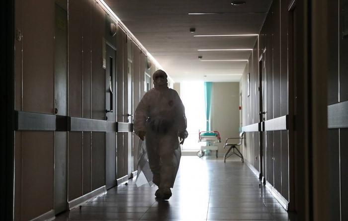 Rusiyada virusdan ölənlərin sayı 214 mini keçdi