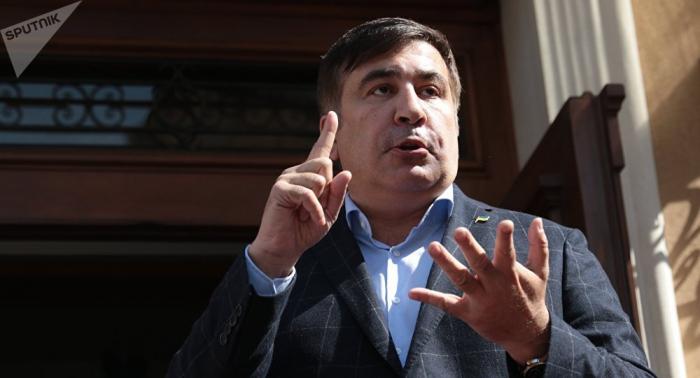 """""""Səkkiz il sonra Gürcüstandayam"""" -    Saakaşvili - FOTO"""