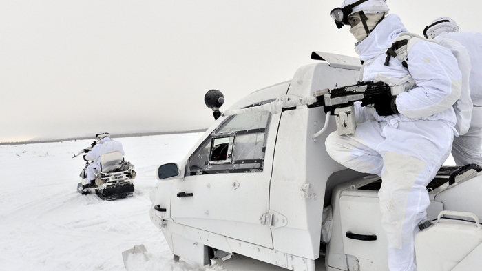 Rus hərbçiləri üçün yeni texnika:   Maşınlar 60 dərəcə şaxtada işləyəcək
