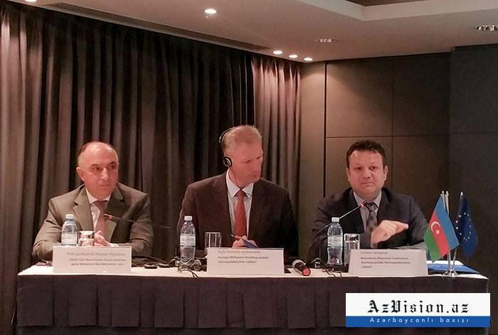 Die EU kämpft gemeinsam mit Aserbaidschan gegen Menschenhandel