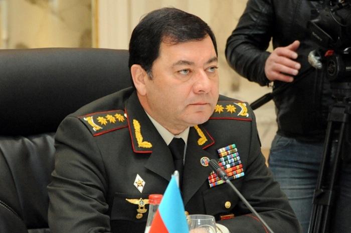 Nəcməddin Sadıkov Almaniyaya gedib