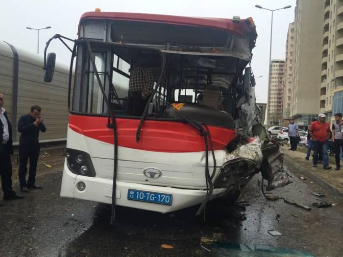 Bu il 39 nəfər avtobus qəzasında yaralanıb