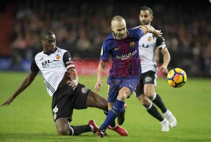PSG schlägt auch Meister Monaco – Barça hält Valencia nach Remis auf Distanz
