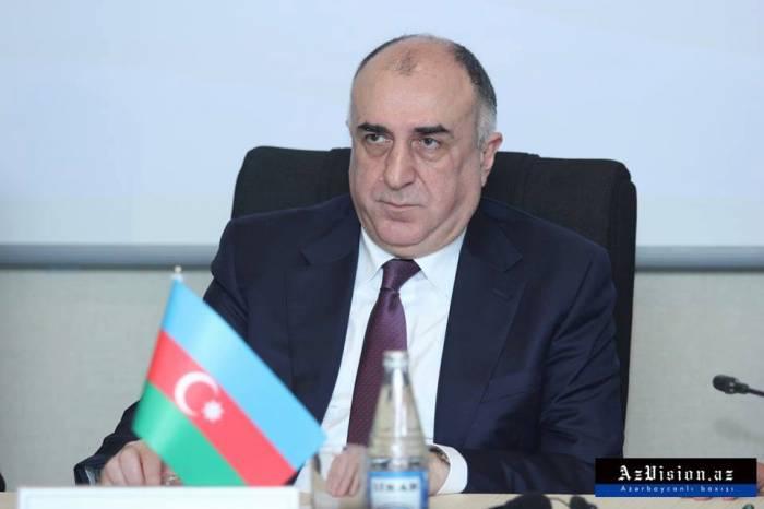 Le ministre a invité les Français à étudier en Azerbaïdjan