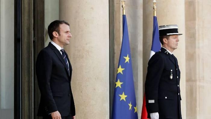 Macron setzt auf breitgefächertes Kabinett