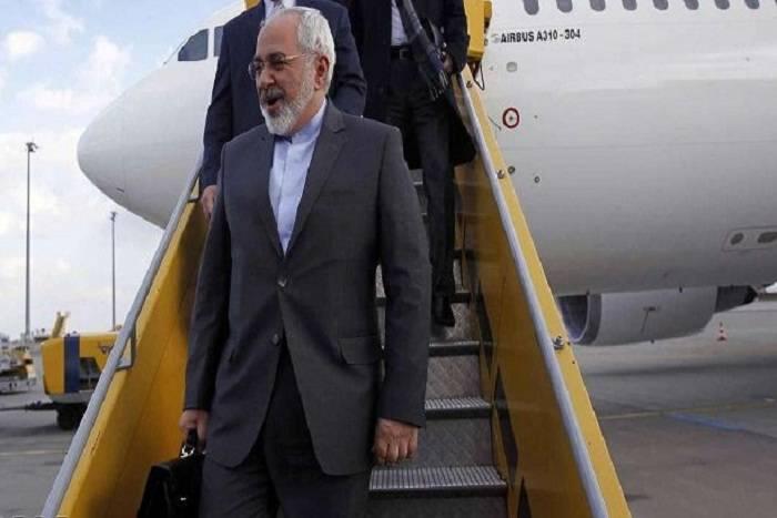 İranlı nazir Bakıya Romadan gələcək