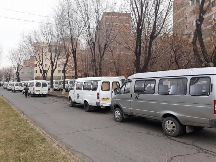 Los conductores armenios organizan la acción de protesta