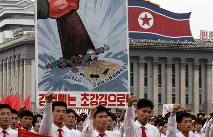 Pjöngjang imitiert Raketenschlag gegen USA – VIDEO