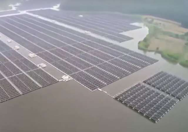 Video zeigt weltweit größte schwimmende Solaranlage