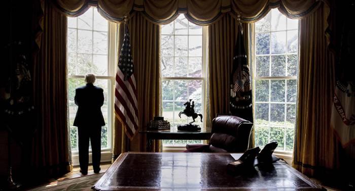 Trump benennt Verräter im Weißen Haus