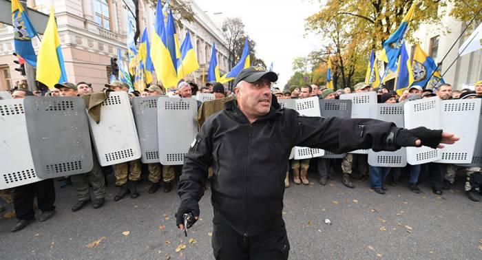 Kiew: Protestteilnehmer nehmen Kurs auf Präsidialamt