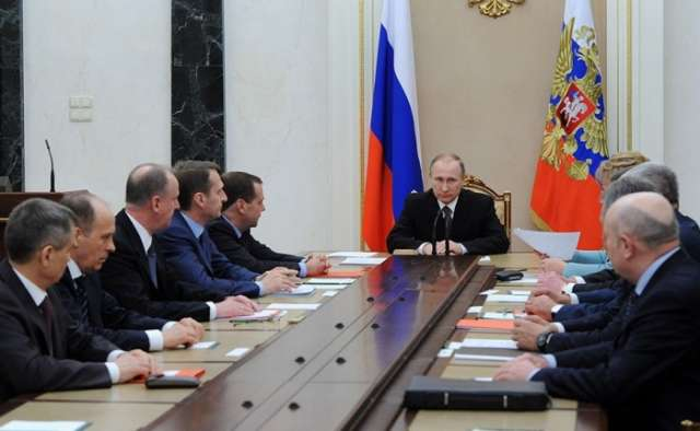 Putin discusses Syria with Russian Security Council