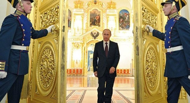 New study links Putin`s `Gunslinger`s Gait` to KGB Training - VIDEO