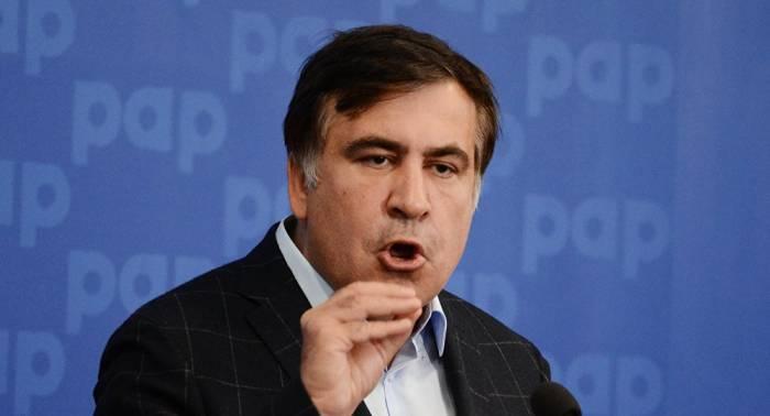 """""""Ermənistanda siyasi bataqlıq daha dərindir"""" - Saakaşvili"""