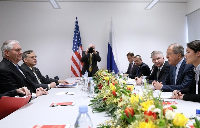 Lavrov & Tillerson discuss Syria & Ukraine, but not sanctions
