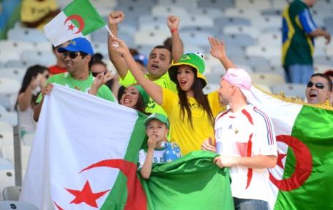 Futbolçular maaşlarını Fələstinə bağışladı