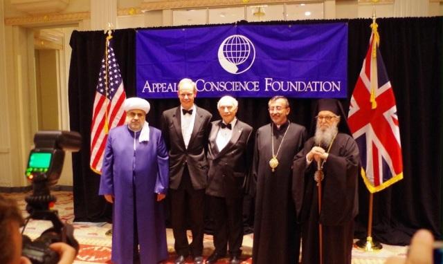 Şeyx ABŞ-da erməni keşişlə görüşdü