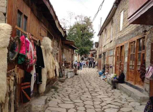Hər il yüz min turist Lahıca səfər edir