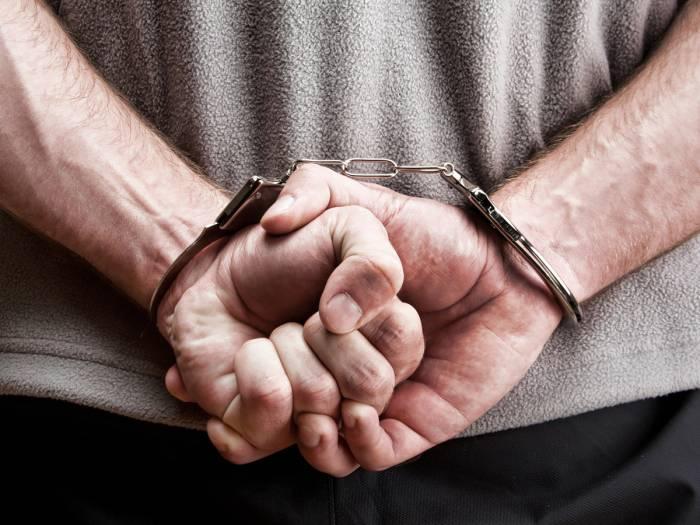 Polis maşın oğrularını tutdu