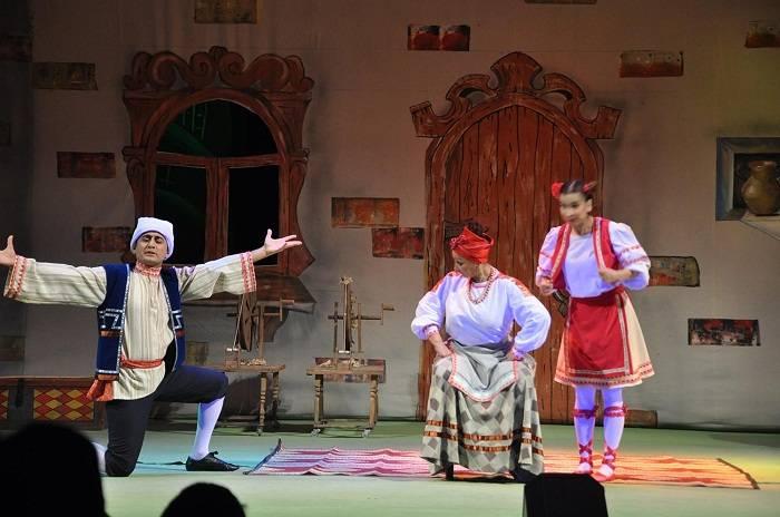 Gənc Tamaşaçılar Teatrının həftəsonu repertuarı