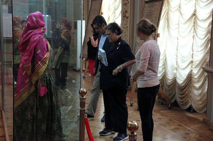 Tailand şahzadəsi Bakıda Tarix Muzeyində