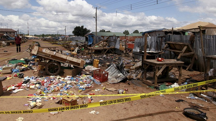 32 morts et 80 blessés dans l`explosion d`une bombe au Nigéria selon la Croix-Rouge