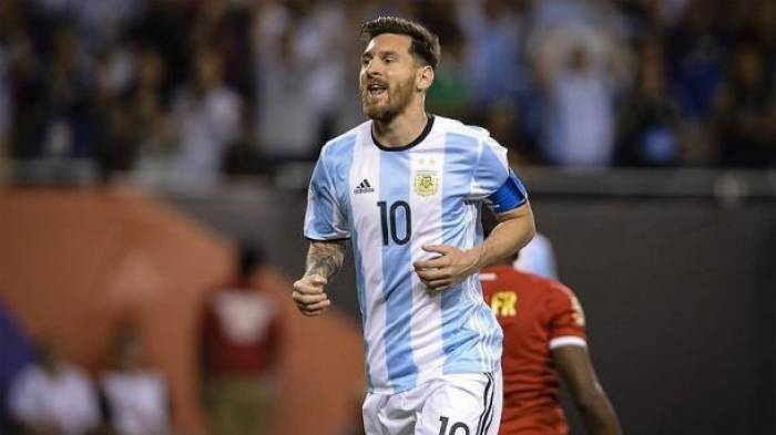 Messi schießt Argentinien zur WM - Chile draußen