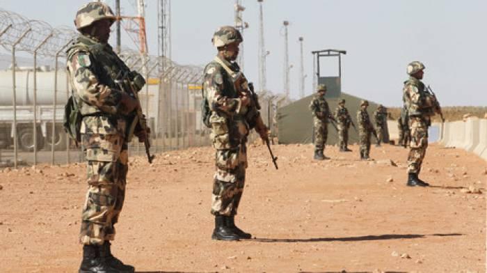 Algérie: 2 militaires tués par une bombe