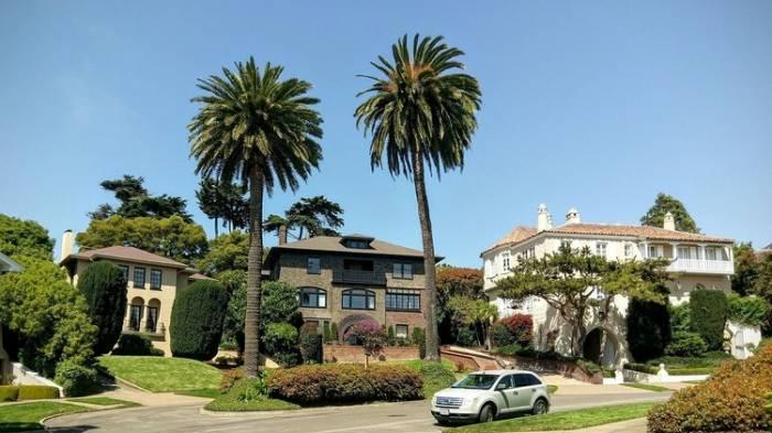 Venden por error en San Francisco una calle entera llena de mansiones por 90.000 dólares