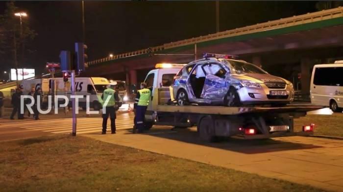 Unfall in Konvoi mit Nato-Generalsekretär Stoltenberg in Warschau – vier Verletzte - VIDEO