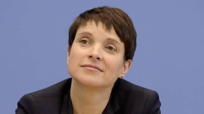 AfD-Vorsitzende Petry wird der AfD-Bundestags-Fraktion nicht beitreten