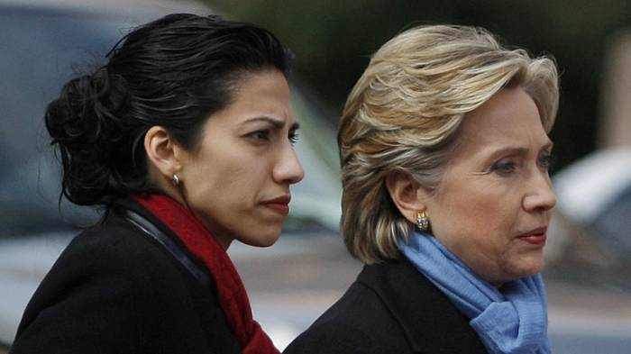 Clintons Beraterin sandte fast 3.000 geheime Dokumente an den Computer ihres Ex-Mannes