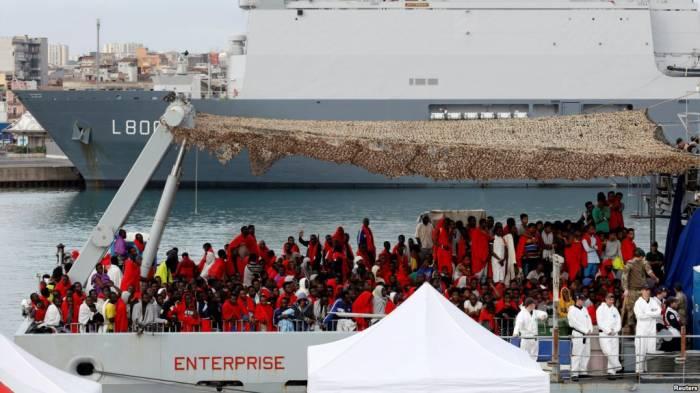 Italie: 264 migrants secourus au large de la Calabre
