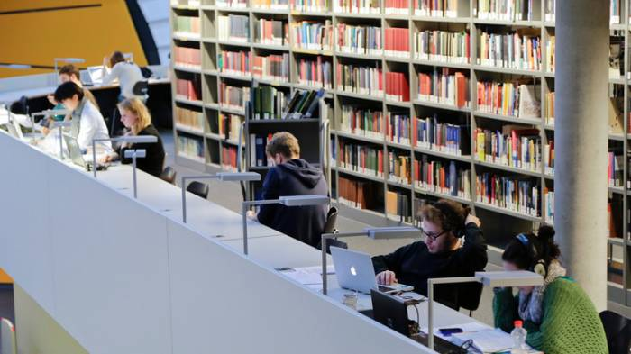 Studie: 40 000 Flüchtlinge nehmen bis 2020 Studium in Deutschland auf
