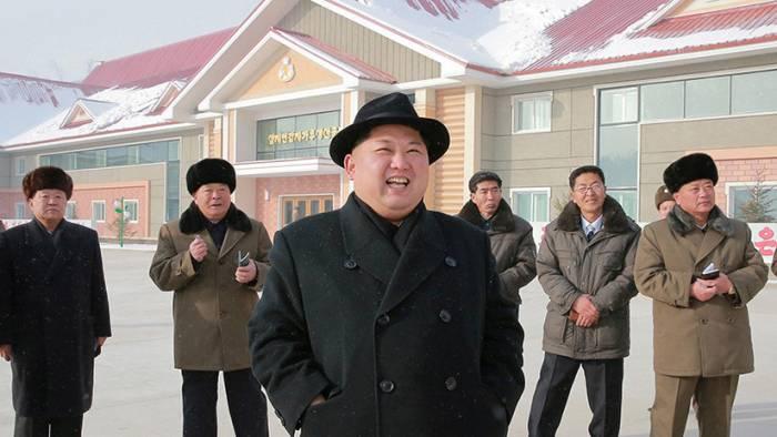 """Kim Jong-un: """"No tendremos dificultades insuperables aunque los enemigos nos sancionen 100 años"""""""