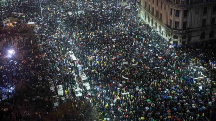Zehntausende Bürger bei Anti-Regierungs-Demonstrationen in Rumänien