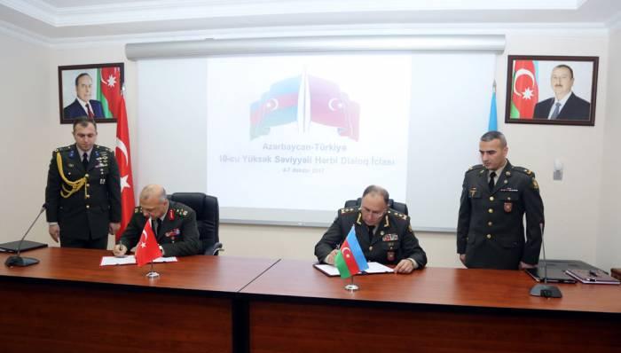 Azərbaycanla Türkiyə arasında hərbi protokol imzalanıb