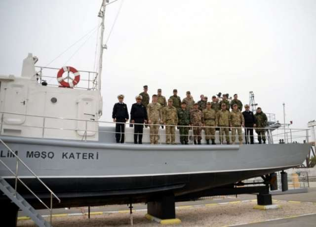 Military attachés accredited to Azerbaijan visit Naval Forces