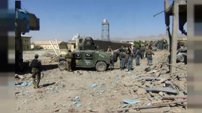 Un camp de la police attaqué en Afghanistan