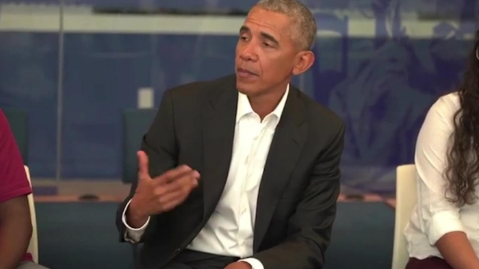 Barack Obama paid a surprise visit to a school - VIDEO