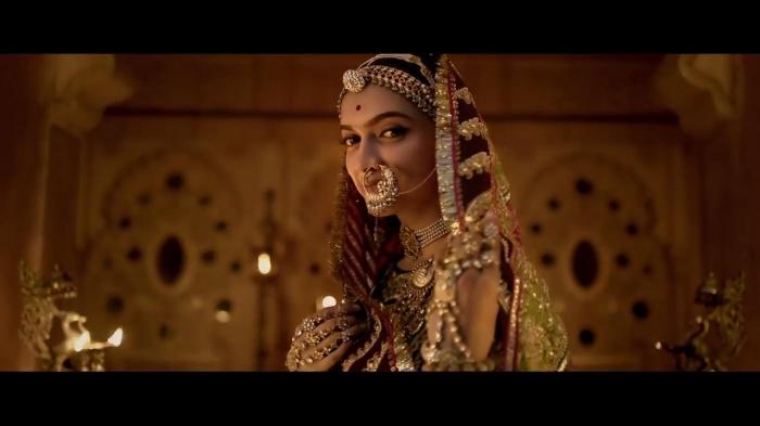 UK cinemas that show Bollywood blockbuster 'should be burned down'