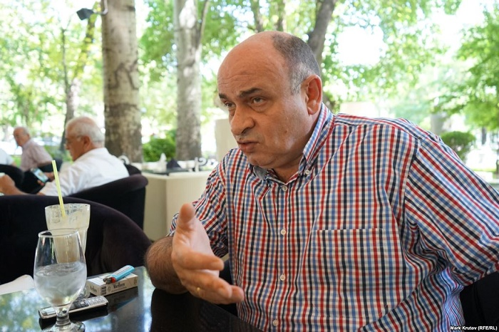 Erməni politoloq: `Sarkisyan Qarabağı qaytarmağa hazırlaşır`