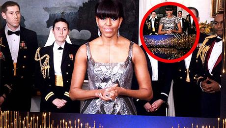 Mollalar Obamanın arvadını geyindirdi - FOTO