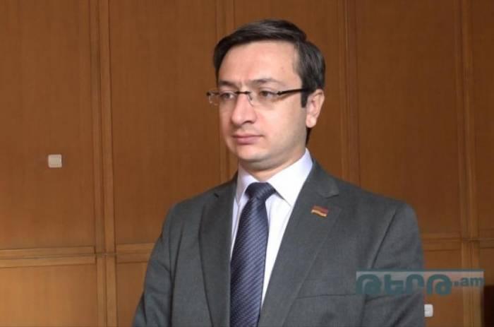 """""""Ermənistan hakimiyyəti vətəndaşları aldadır"""" - Erməni deputat"""