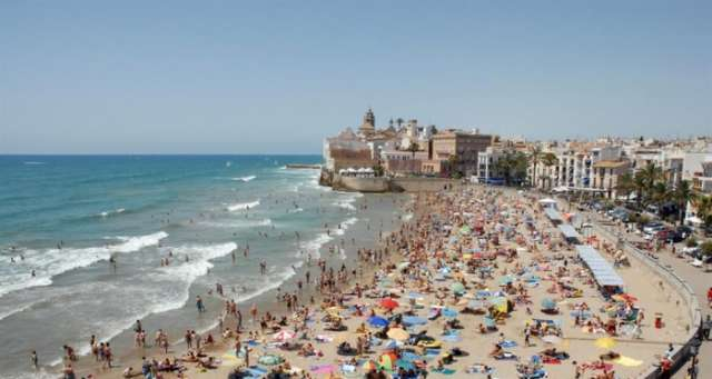 Spain international tourism breaks records for fifth straight year