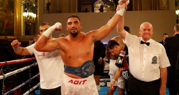 German-born Turkish boxer Kabayel wins European heavyweight title