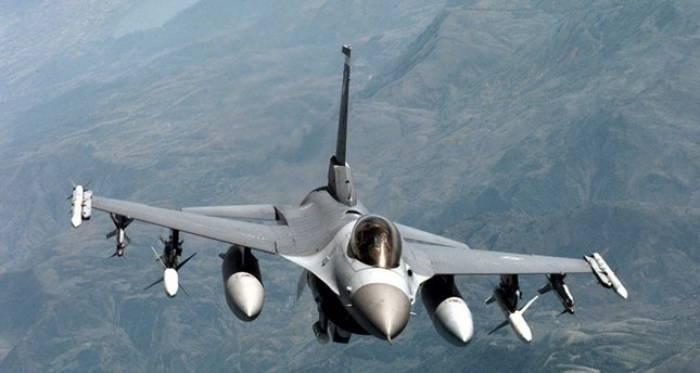 Türkische Luftwaffe zerstört PKK-Stützpunkte im Nordirak