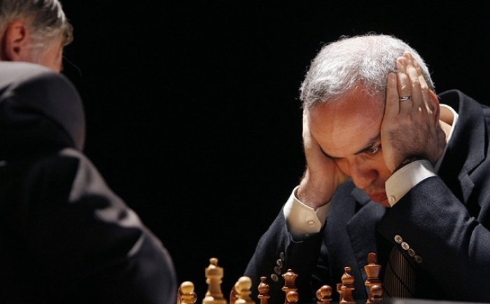 Chess legend Kasparov returns to board 12 years after retirement