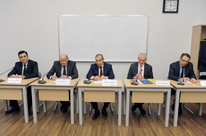 Rencontre avec la délégation française à l'UFAZ